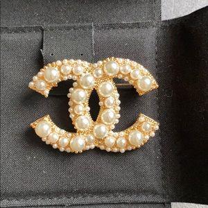 Chanel Pearl Brooch Pin